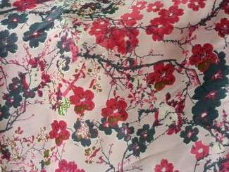 CREPE POLYESTER A FLEURS 08