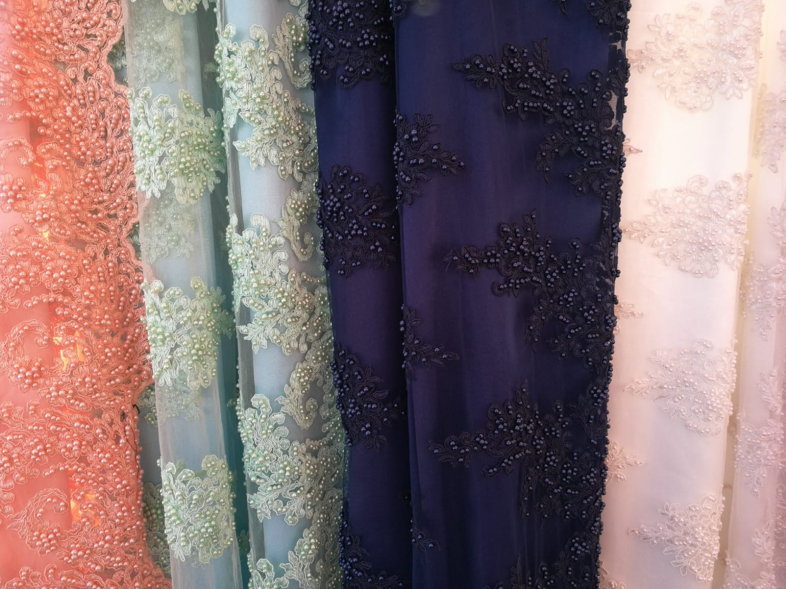 Coupon de 3M de tissu perlée, Tissu perlée, tissus perlée, tissu perles, tissus perles - Acheter du Tissu, acheter du tissu pas cher, acheter tissu, acheter du tissus, tissu pas cher, tissus pas cher, destockage tissus, destockage tissus pas cher, destockage de tissus pas cher, achat tissu, vente de tissus, vente de tissus en ligne, site de vente de tissus, vente de tissus au mètre, tissus au mètre, tissu au mètre original, tissu original, tissus originaux, coupon tissu gratuit, échantillon tissu gratuit, tissus au mètre pour vêtements, vente de tissus en ligne France, vente de tissus en ligne Paris, vente de tissus Paris, vente de tissus France, tissus au meilleur prix, tissus de qualité, promotion tissu, promotions tissus, mercerie, mercerie en ligne